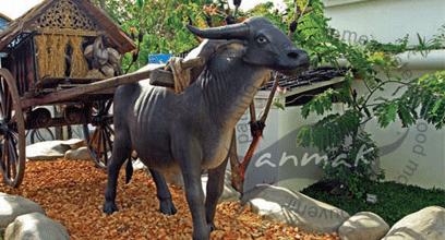 pengrajin patung hewan